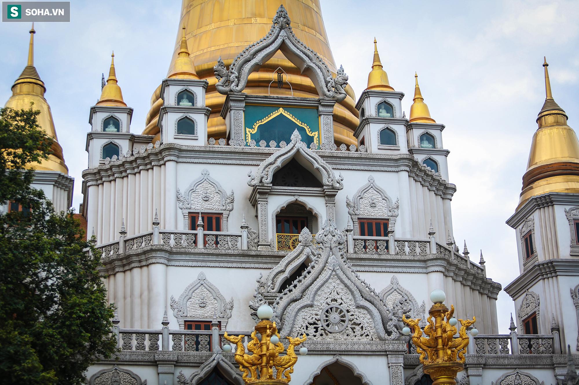 [Ảnh] Ngắm vẻ đẹp huyền bí của ngôi chùa lọt top đẹp nhất thế giới tọa lạc tại TP.Thủ Đức - Ảnh 2.