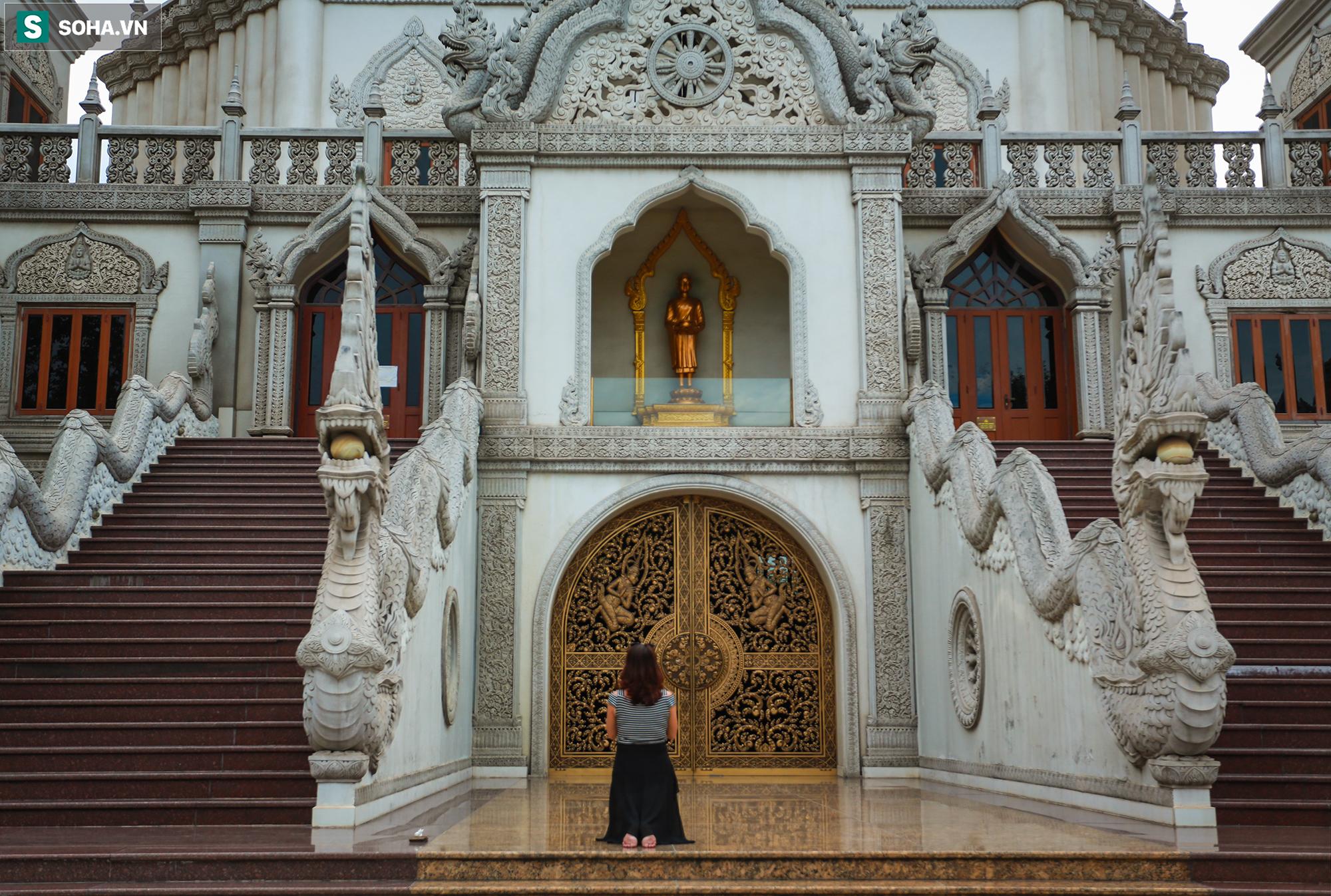 [Ảnh] Ngắm vẻ đẹp huyền bí của ngôi chùa lọt top đẹp nhất thế giới tọa lạc tại TP.Thủ Đức - Ảnh 15.