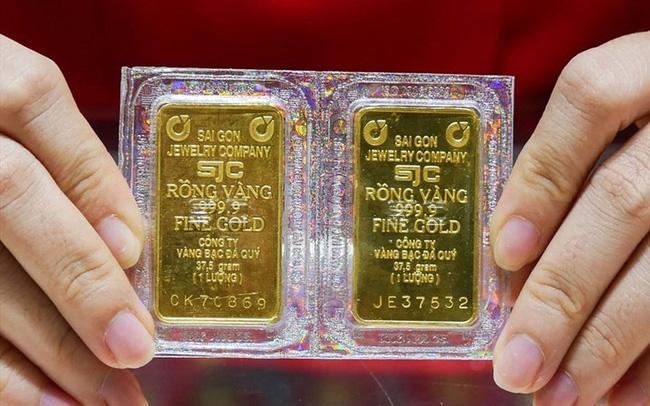 Sau khi tăng sốc, cao nhất trong 3 tháng, giá vàng đột ngột giảm mạnh - Ảnh 1.