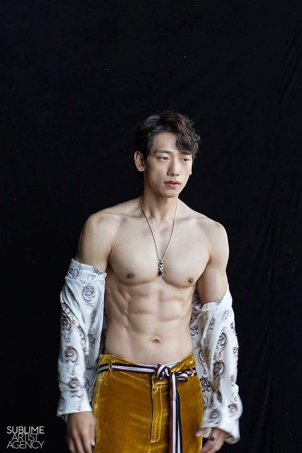 Đặt 2 cặp đôi đẳng cấp nhất Kbiz lên bàn cân: Son Ye Jin - Hyun Bin bị Kim Tae Hee - Bi Rain bỏ xa về tài sản nhưng lại hơn ở điểm này - Ảnh 30.