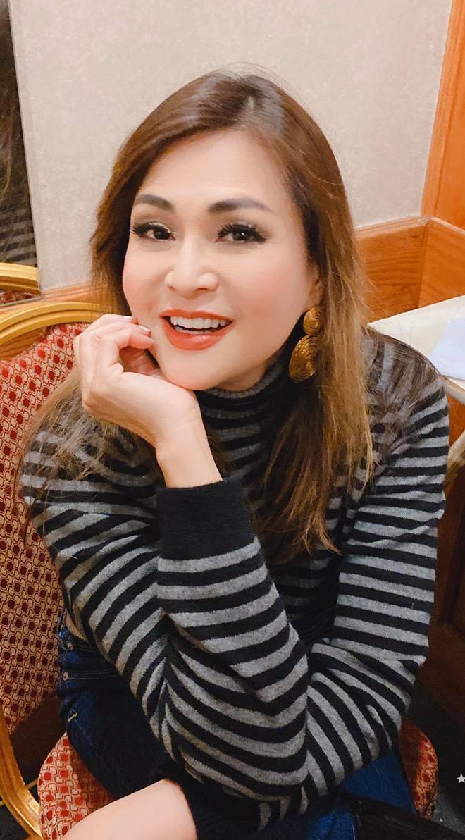 Cuộc sống kín tiếng, không chồng con ở tuổi 53 của ca sĩ Lưu Bích - Ảnh 5.
