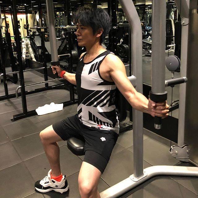 Con trai Lâm Tâm Như: Mất điểm vì tiếng xấu yêu râu xanh, cuộc sống tuổi U50 ra sao? - Ảnh 17.