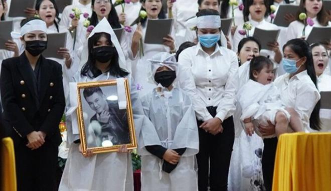 Hàn Thái Tú công khai số tiền viếng trong tang lễ của Vân Quang Long ở Mỹ - Ảnh 1.