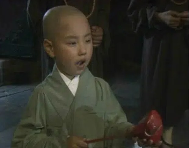 Sau 30 năm đóng vai Đường Tăng ở Tây du ký 1986, cuộc sống Vương Lỗi  ra sao? - Ảnh 2.