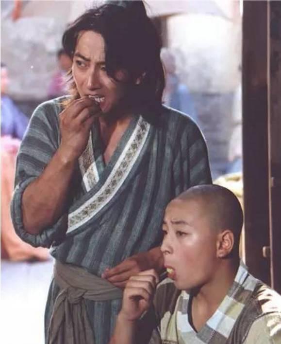 Con trai Lâm Tâm Như: Mất điểm vì tiếng xấu yêu râu xanh, cuộc sống tuổi U50 ra sao? - Ảnh 3.