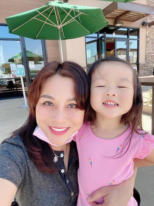 Quỳnh Như đá xéo Hoàng Anh trong ngày sinh nhật con gái, tiết lộ chồng cũ chưa từng thăm con trong 1 năm qua dù chỉ ở cách 10 phút - Ảnh 2.