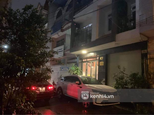 Ảnh độc quyền: Sau khi nhận toàn bộ tiền cát xê, tối 11/10 gia đình Hồ Văn Cường có còn ở nhà Phi Nhung? - Ảnh 6.