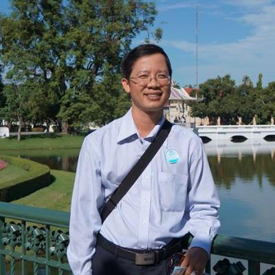 TS Nguyễn Huy Luân: Tiêm vắc xin Covid-19 cho trẻ em 12-18 tuổi là cần thiết nhưng không nên bắt buộc - Ảnh 2.