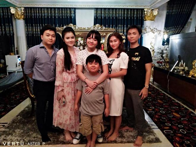 Tỷ phú 9 tuổi Đại Nam đã có 1 hành động hé lộ mối quan hệ chị dâu - em chồng trong nhà siêu giàu - Ảnh 1.