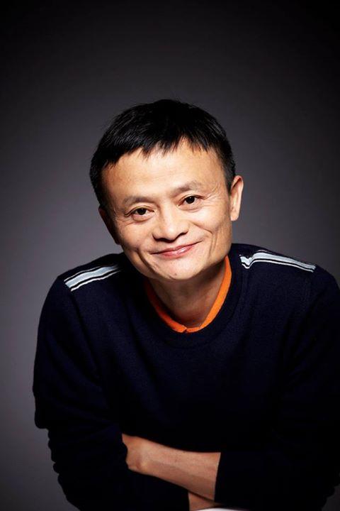 Bị Châu Tinh Trì hỏi khó anh thích nữ diễn viên nào nhất, Jack Ma đáp trả một câu cho thấy EQ hơn người: Càng nghĩ càng phải gật gù! - Ảnh 1.