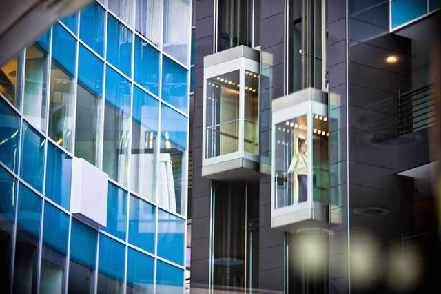 Giới siêu giàu khóc trong căn penthouse của tòa nhà chọc trời: Sống trên mây hóa ra không hề tuyệt như chúng ta tưởng tượng - Ảnh 3.