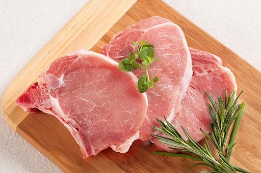 """Cách phân biệt các loại thịt heo và giá cả để chị em không bị """"chặt chém"""" khi mua - Ảnh 11."""
