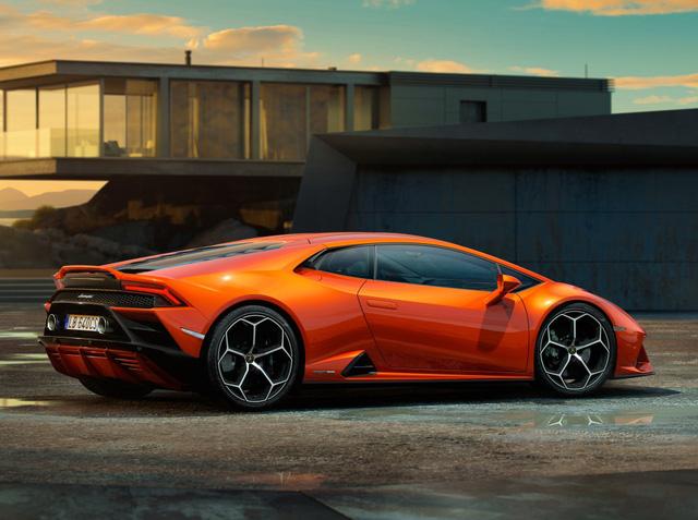 Chủ Lamborghini Huracan bị tịch thu xe ngay sau khi mua vì... lái xe về nhà - Ảnh 3.