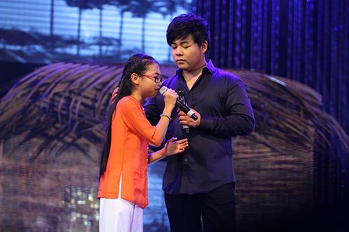 Khi các ca sĩ rời công ty quản lý của ba mẹ nuôi: Phương Mỹ Chi êm đẹp với Quang Lê, 2 người con nuôi của cố NS Phi Nhung đối lập hoàn toàn - Ảnh 4.