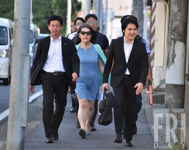 Bê bối liên tiếp bủa vây vị hôn phu của Công chúa Nhật Bản, hé lộ chân dung người mẹ chồng bị dư luận lên án - Ảnh 4.