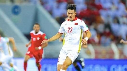 Dư luận Trung Quốc nghi vấn khi số phiếu bầu cho Tiến Linh vượt xa ngôi sao đội nhà - Ảnh 2.