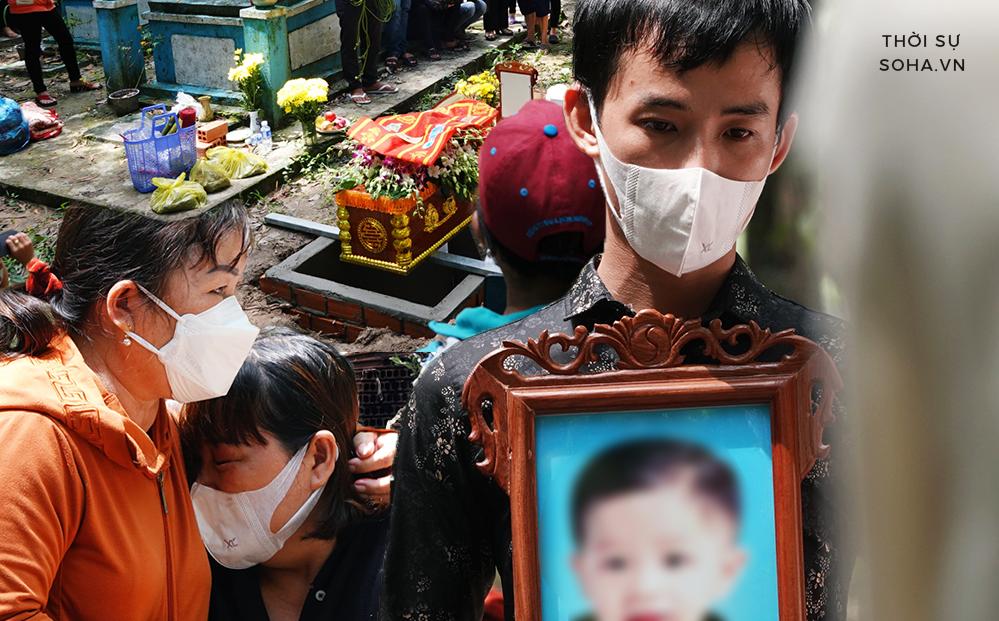 Nước mắt người cha trong vụ bé trai mất tích ở Bình Dương: 'Chỉ mong mọi người sớm vực dậy để còn chăm sóc bé nhỏ'