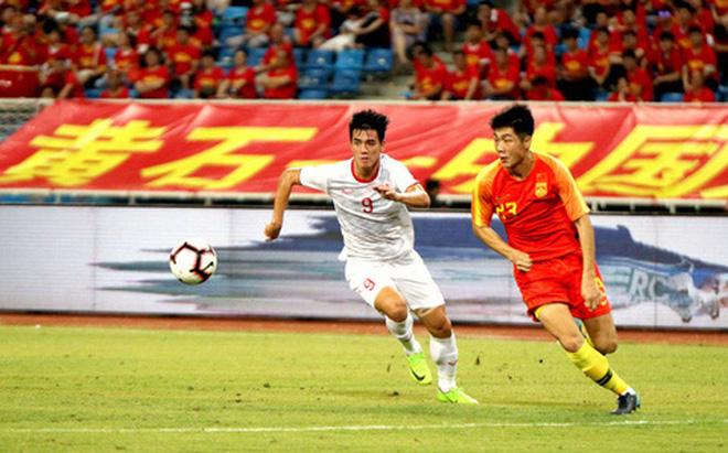 Nữ MC xinh đẹp dành tình cảm đặc biệt tới Văn Thanh, dự đoán sốc trận đấu của ĐT Việt Nam - Ảnh 3.