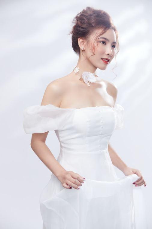 Nữ MC xinh đẹp dành tình cảm đặc biệt tới Văn Thanh, dự đoán sốc trận đấu của ĐT Việt Nam - Ảnh 5.