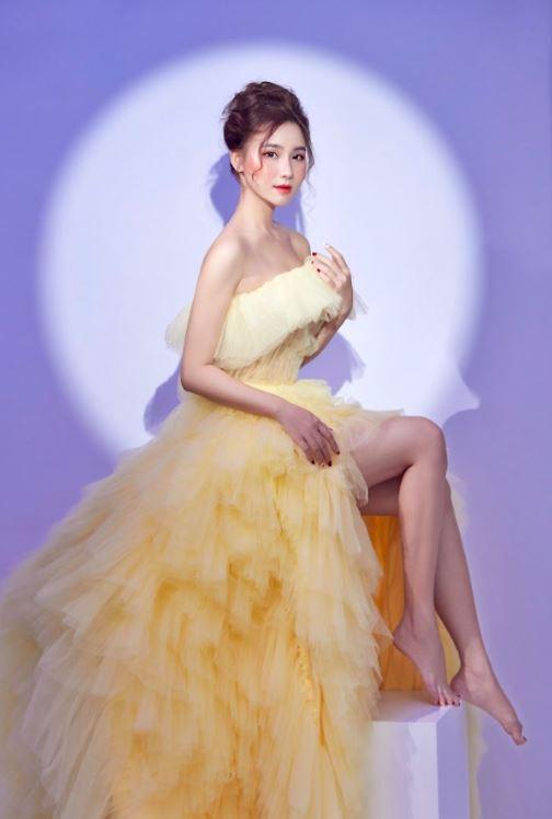 Nữ MC xinh đẹp dành tình cảm đặc biệt tới Văn Thanh, dự đoán sốc trận đấu của ĐT Việt Nam - Ảnh 7.