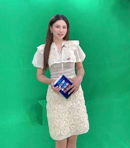 Nữ MC xinh đẹp dành tình cảm đặc biệt tới Văn Thanh, dự đoán sốc trận đấu của ĐT Việt Nam - Ảnh 8.