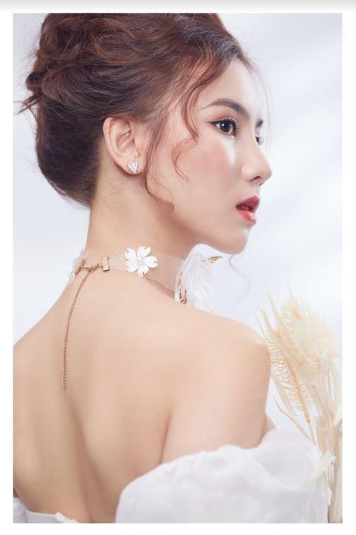 Nữ MC xinh đẹp dành tình cảm đặc biệt tới Văn Thanh, dự đoán sốc trận đấu của ĐT Việt Nam - Ảnh 9.