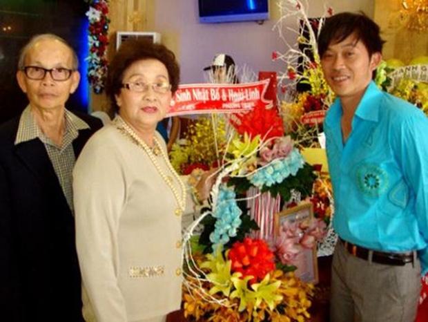 Điều xúc động ít biết về bố mẹ ruột của NS Hoài Linh: Từng phải ở chuồng heo, trong suốt hơn 50 năm chưa hề cãi nhau - Ảnh 6.