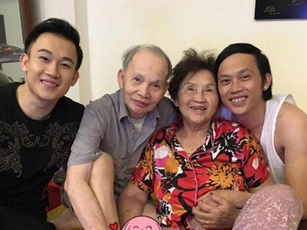 Điều xúc động ít biết về bố mẹ ruột của NS Hoài Linh: Từng phải ở chuồng heo, trong suốt hơn 50 năm chưa hề cãi nhau - Ảnh 8.