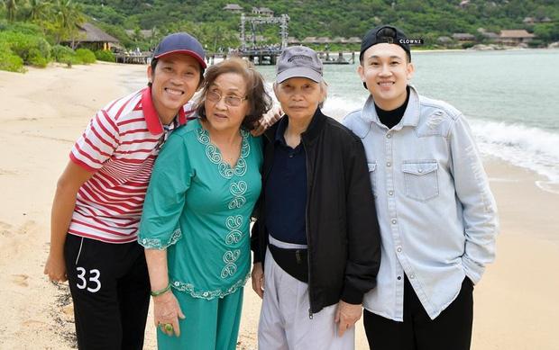 Điều xúc động ít biết về bố mẹ ruột của NS Hoài Linh: Từng phải ở chuồng heo, trong suốt hơn 50 năm chưa hề cãi nhau - Ảnh 9.