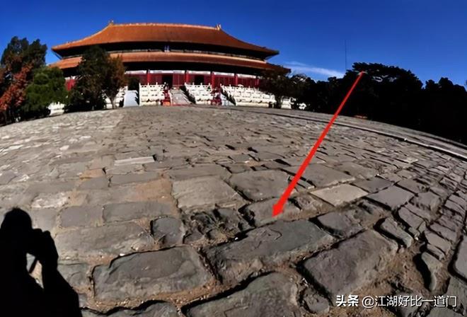 Trận động đất khiến gạch lát Tử Cấm Thành nứt vỡ, bí mật chôn vùi 600 năm dưới nền nhà được hé lộ - Ảnh 5.