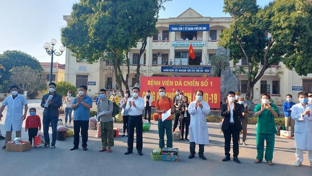 Thêm 22 bệnh nhân được công bố khỏi bệnh tại Chí Linh chiều 30 Tết - Ảnh 2.