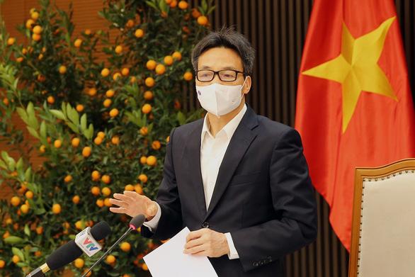 'Chưa có chứng cứ cho thấy chủng virus ở Tân Sơn Nhất lây lan nhanh'; Người dân trở lại Hà Nội sau Tết phải khai báo y tế - Ảnh 2.