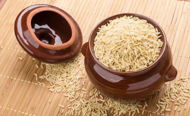 Theo phong thủy, di chuyển hũ gạo đến chỗ này trong năm mới để ăn nên làm ra - Ảnh 2.