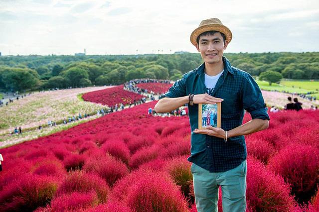 Chàng trai Việt mang di ảnh bố mẹ đi khắp nước Nhật lộ tài nấu nướng đẳng cấp: Đưa đồ ăn đơn giản lên '5 sao' - ảnh 3