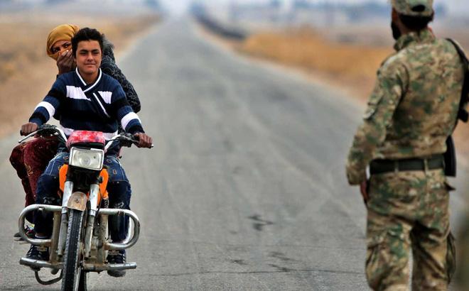 Thừa nước đục thả câu: Vạch mặt kẻ thu lợi sau các vụ tập kích quân Thổ ở Syria? - Ảnh 2.
