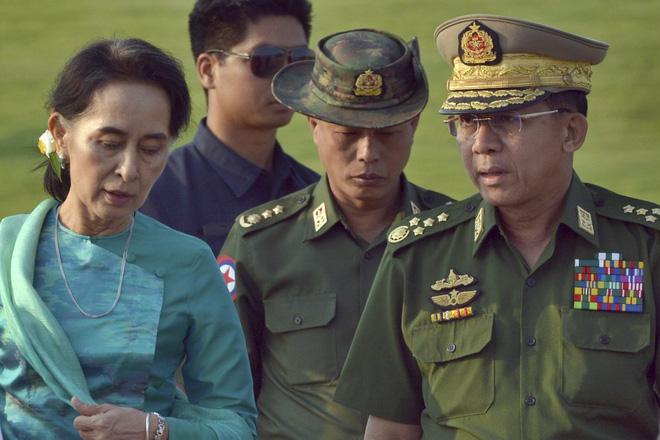 """""""Đục nước béo cò"""": Bắc Kinh ngấm ngầm thu lợi nhiều nhất sau đảo chính quân sự ở Myanmar! - Ảnh 3."""