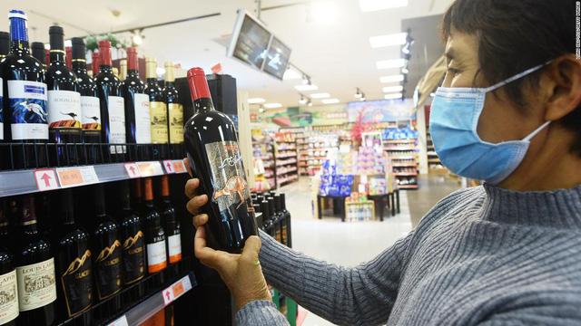 Đây là cách Trung Quốc tàn phá ngành công nghiệp rượu vang trị giá hàng tỷ USD của Australia - Ảnh 1.