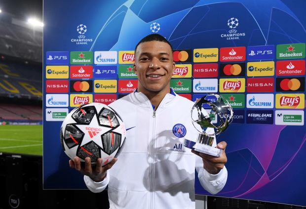 Ở cùng độ tuổi, Kylian Mbappe vượt xa Ronaldo và Messi tại Champions League - Ảnh 1.
