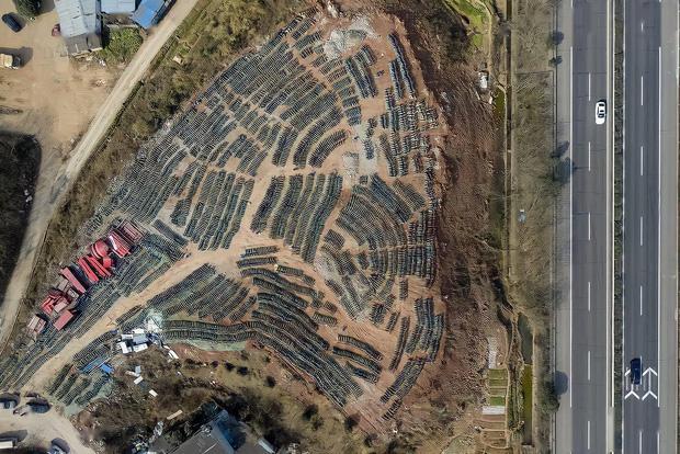 Hoa mắt chóng mặt với nghĩa trang xe thây ma ở Trung Quốc: Hơn 500 nghìn chiếc xe máy điện chơ vơ giữa lòng thành phố - Ảnh 5.