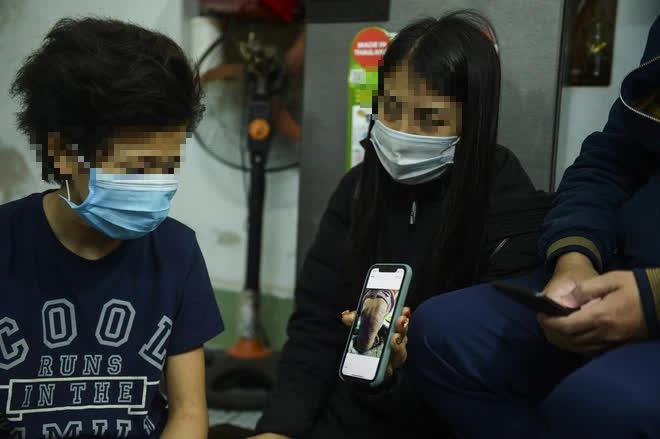 Hà Nội: CA điều tra nghi án bé gái 12 tuổi bị mẹ đẻ trói tay, chân đánh bầm tím khắp cơ thể - Ảnh 5.