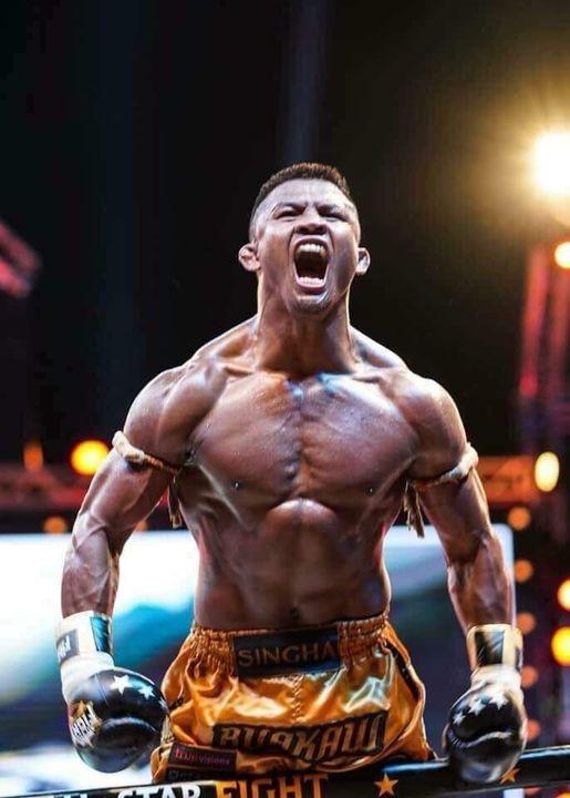 Huyền thoại Trung Quốc được xếp cao hơn Mike Tyson trong top 4 võ sĩ mạnh nhất thế giới - Ảnh 1.
