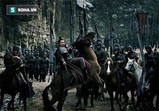 Bất chấp can gián cố tình phát động trận Di Lăng, cớ sao đang lúc binh lực hùng hậu, thắng lợi tới tấp, Lưu Bị lại nhanh chóng đại bại dưới tay Đông Ngô? - Ảnh 4.