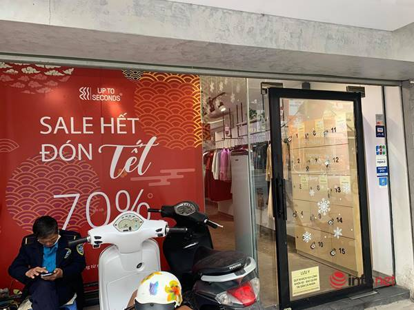 Nhiều hãng thời trang, cửa hàng thi nhau 'xả hàng', giảm giá 80%... khách vẫn thờ ơ - Ảnh 8.