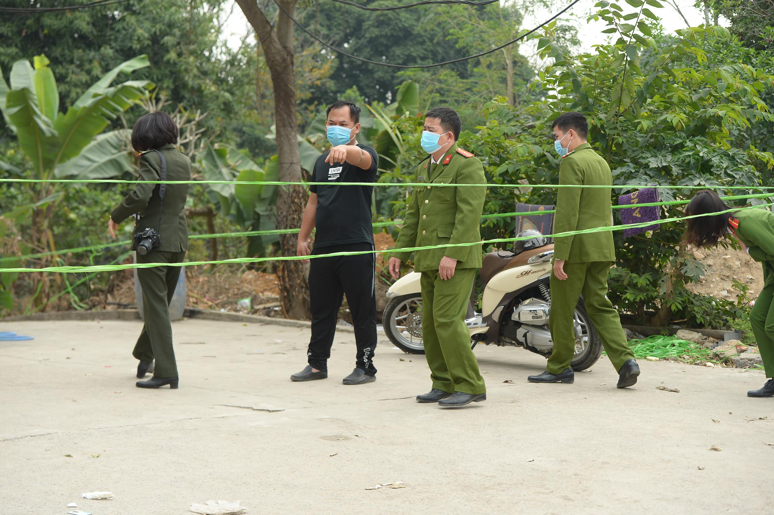 Hiện trường vụ truy sát 3 người chết, 5 người bị thương ở Hòa  Bình - Ảnh 5.