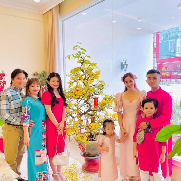 Cuộc sống hạnh phúc của nữ kiện tướng dance sport Khánh Thi bên chồng kém 11 tuổi - Ảnh 3.