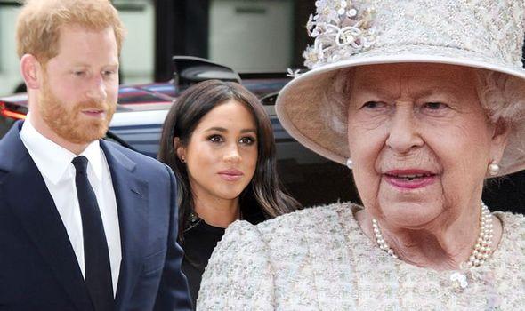 Sau khi chính thức rời khỏi hoàng gia, nhà Sussex có động thái mới bất ngờ ở Mỹ và đưa ra lời đề nghị khiến Nữ hoàng khó xử - Ảnh 3.