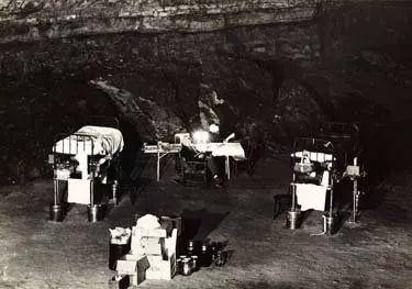 Thí nghiệm kỳ lạ trong hang động khiến nhân loại phải thay đổi lại cách nhìn nhận về đồng hồ sinh học trong cơ thể con người - Ảnh 9.