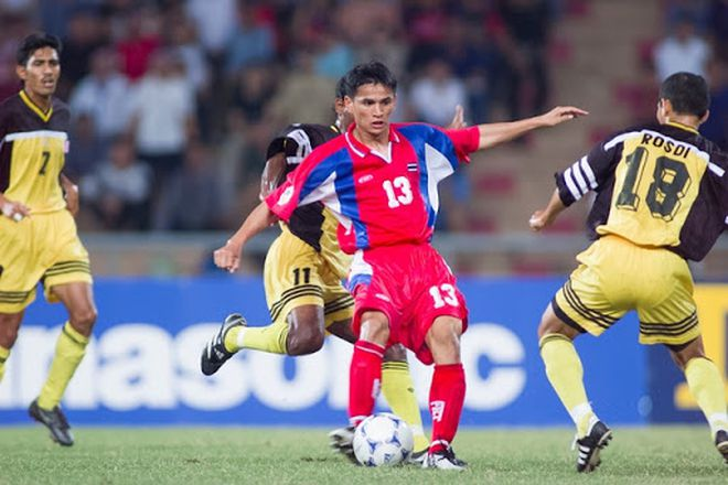 Kiatisuk được trang tin châu Âu vinh danh, Việt Nam vắng bóng ở đội hình xuất sắc nhất ĐNÁ - Ảnh 3.