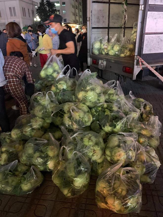 Ấm lòng giữa mùa dịch: MC Đại Nghĩa giải cứu 20 tấn nông sản trong 1 tiếng, xúc động vì hành động đẹp của người dân - Ảnh 4.