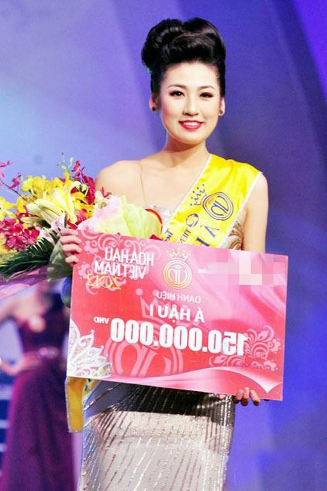 Top 3 HHVN 2012: Hoa hậu Đặng Thu Thảo và 2 á hậu đều có hôn nhân viên mãn - Ảnh 7.